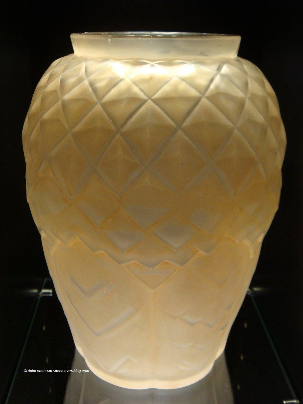 Vase Hunebelle Modèle Feuillages Patiné Sépia