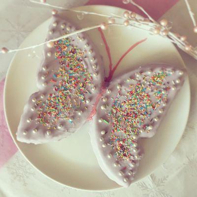 Gâteau d'anniversaire - Gâteau papillon - Génoise aux fruits rouges