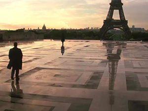 Henry Cavill et Angela Basset ont tourné très très tôt au Trocadéro le 23 Mai 2017.
