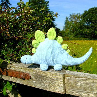 Crochet : amigurumi diplodocus, licorne et chats
