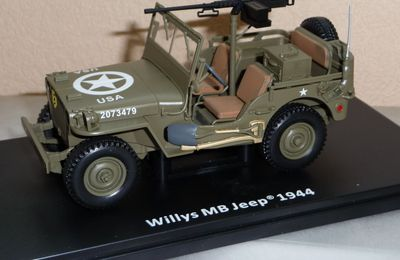 Jeep Willys MB radio  (1/24 - Altaya)