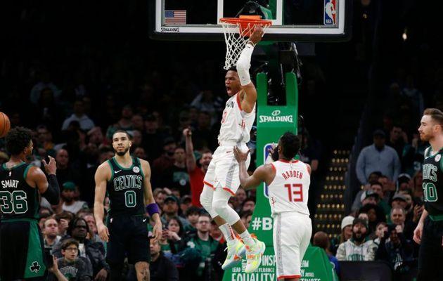 Russell Westbrook et les Rockets remportent le choc à Boston sur le fil du rasoir
