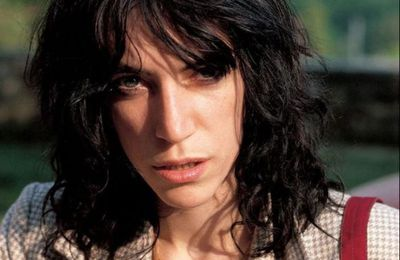 Patti Smith - Ask the Angels