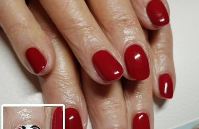 vernis rouge nailart Minnie