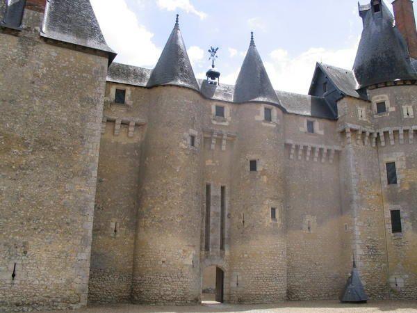 Les Ch&acirc;teaux de Chaumont, &nbsp;de Foug&egrave;res &amp; de Talcy<br />La commanderie templi&egrave;re d'Arville