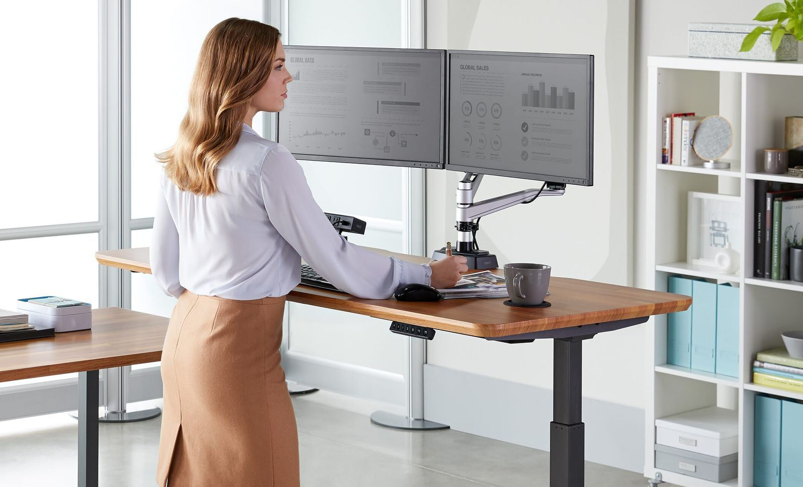 The Many Ways In Which Standing Desks Can Improve Your Health