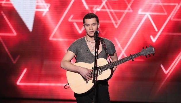 The Voice : «P*****, non !»... Luca, un candidat de Zazie, pète les plombs sur scène