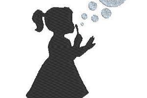 Broderie petite fille et bulles - Laine-et-Chiffons
