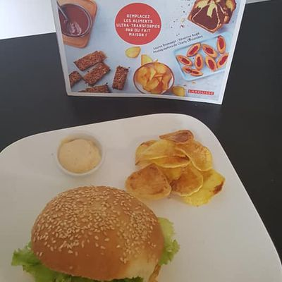 burger et chips maison