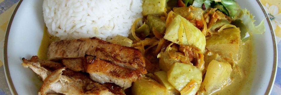 Siam-Kürbis-Curry mit Hähnchenstreifen
