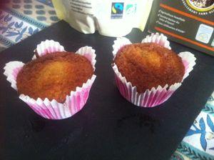 Muffins aux pommes poires et Trio de Quinoas sucre Muscovado équitable .