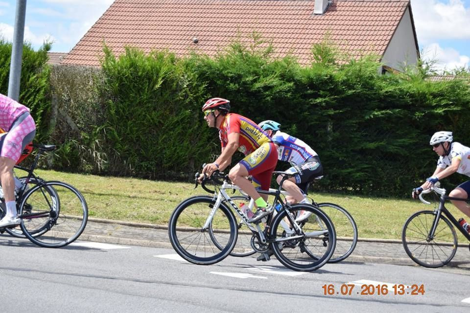 Nouvel album photos des courses D1-D2 de St Lubin des Joncherets (28)