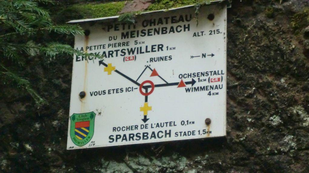 De là, nous emprunterons le GR53 (Triangle Rouge) jusqu'au Rocher de l' Ochsenstall.