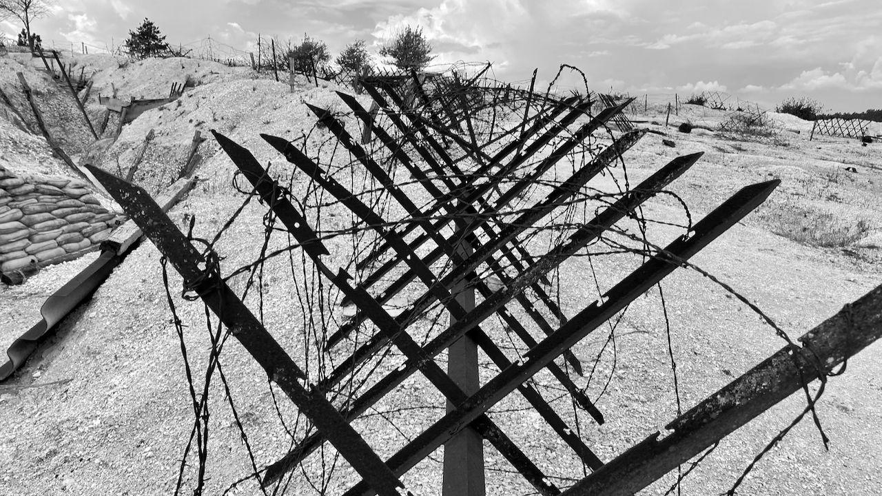 La Main de Massiges. Ossuaire de Douaumont. Dragées Braquier. Verdun