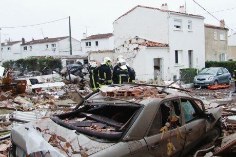 Album - Explosion de gaz du 22 fev 2011 à St-Jean d'Angély