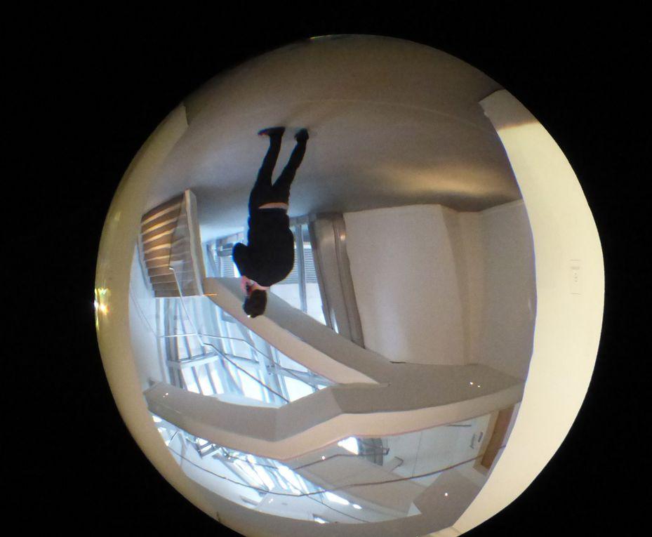 Olafur Eliasson, Contact, vues de l'exposition à la Fondation Louis Vuitton, Paris © Le curieux des arts Gilles Kraemer