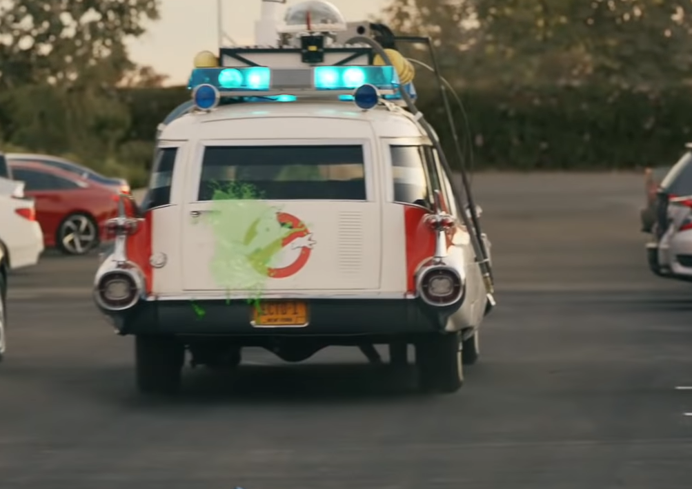 Walmart joue aux petites voitures pour lancer sa plus grande campagne pour ses pick-up stations lors des Golden Globe 2019.