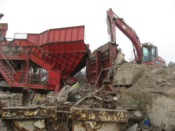 Installation de recyclage du béton armé (CLAMENS S.A.); Photos: Emmanuel CRIVAT 2008 80 photos