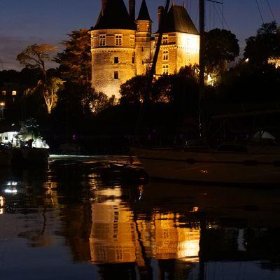 Tombée de la nuit sur le vieux port
