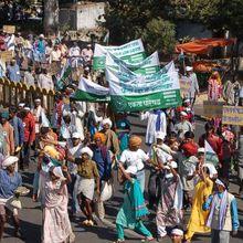 Inde : Modi de front contre les paysans