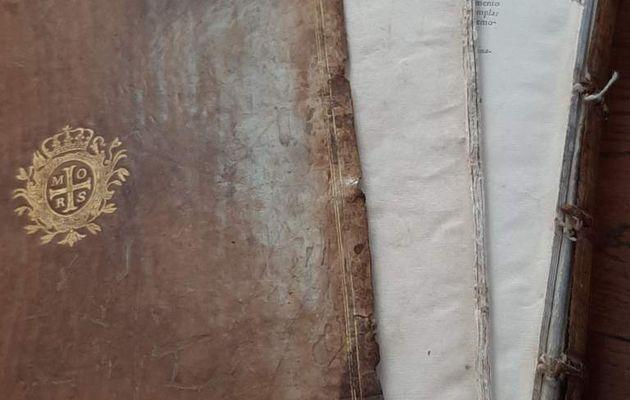 Restauration livre ancien