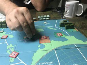l'Américain reprends Singapour et avec le soutien des britanniques ( presque annihilé lors de des premieres tours ) repasse à l'offensive.