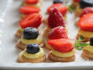 Mini tartelettes aux fruits rouges comme une bouchée gourmande sans gluten