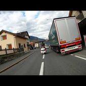 32 Goldwing Unsersbande Tirol 2015 Descente du Stelvio cote Suisse en 125 cm3