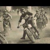 Mickey un acro-bath de la moto
