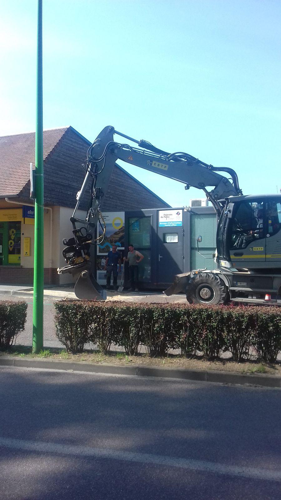 Falaises du Talou ,office du tourisme , antenne à Saint -Martin en campagne ...