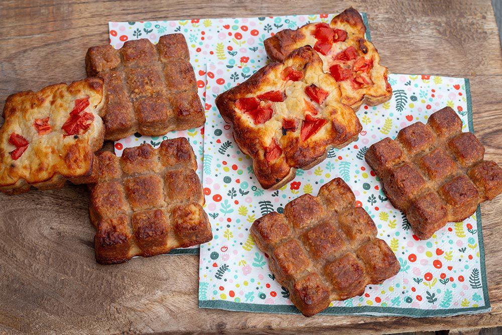 Gâteau de crackers au thon et à la tomate