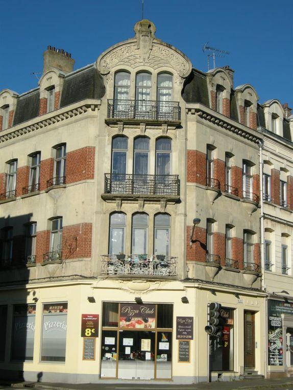 1 et 3 rue Baudimont. Thiébaux, architecte, 1924 - Photographie de mai 1922, source : médiathèque municipale.