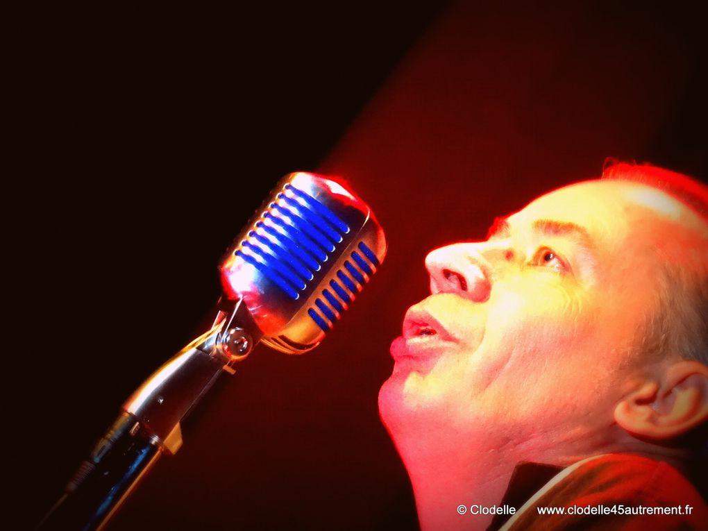 - PHOTOS de PHIL TWANGY, les CHILLIDOGS et ARNO WALDEN en concert à la Maison des Arts et de la Musique d'Orléans