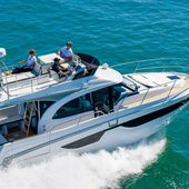 Scoop - a flybridge version for the Beneteau Antares 11 - Yachting Art Magazine