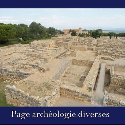 Qu'a-t-on découvert début octobre dans la nécropole de Saqqarah en Egypte ?