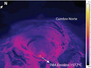 Cotopaxi -  à gauche, image thermique de l'intérieur du cratère - à droite, anomalies thermiques sur les flancs supérieurs - un clic pour agrandir - Photos: S. Vallejo / IGEPN