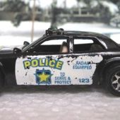 AIRPORT SECURITY OU SHERIFF PATROL OU HIGHWAY PATROL HOT WHEELS 1/64 - car-collector.net