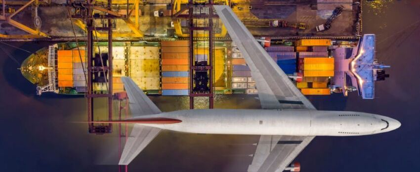 What Are the Advantages of Air Freight?