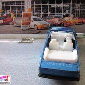 FORD ESCORT XR3I CABRIOLET RHINO 1/64 - car-collector.net