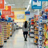 Reconfinement : voici la liste exhaustive des produits autorisés à la vente dans les grandes surfaces