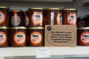 En Bretagne, des épiceries à prix cassés contre le gaspillage alimentaire
