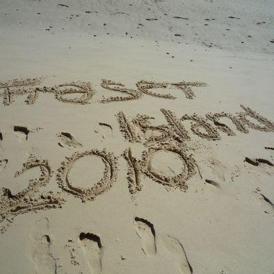 """Fraser Island """"Cool Dingo Tour"""""""