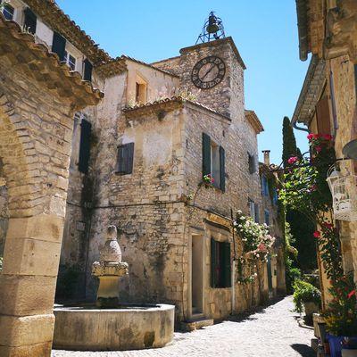 Remontez le temps à Séguret, pittoresque bourg médiéval