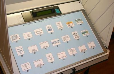 19 MACHINES A VOTER A AMIENS