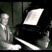 Ravel plays his Pavane pour une infante defunte
