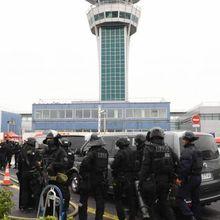 AGRESSION D'ORLY : LA VOLONTÉ DE COMMETTRE UN ACTE TERRORISTE ÉTAIT ÉVIDENTE…