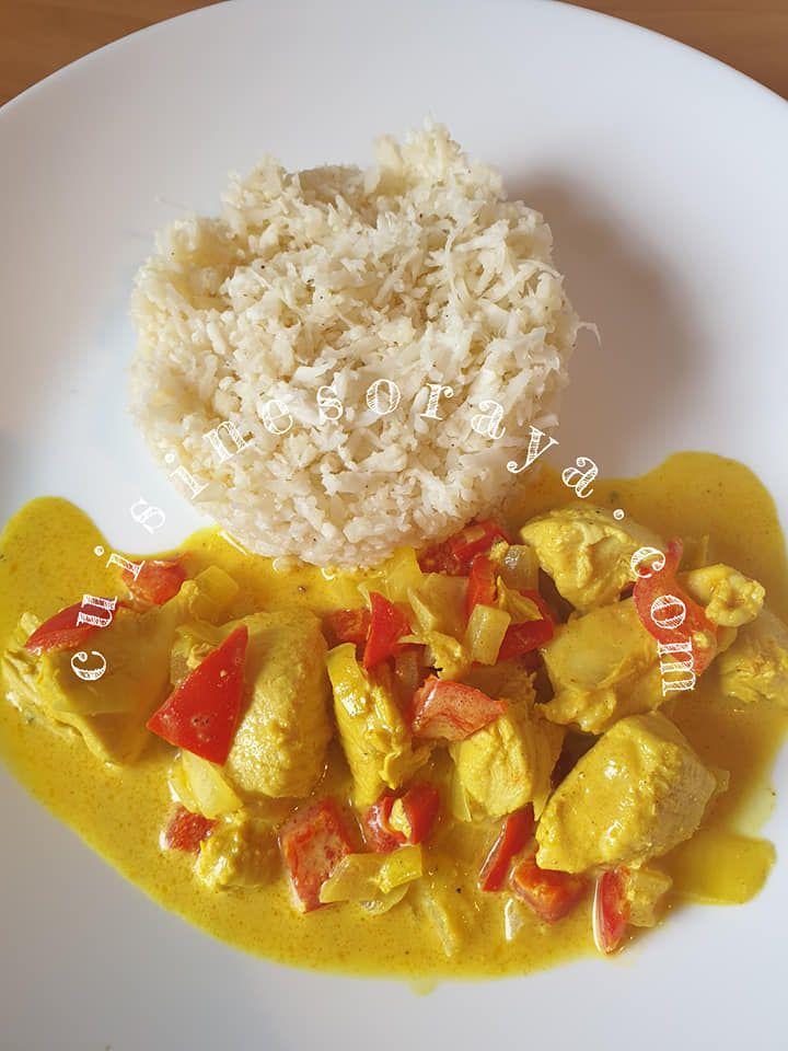 Servi avec le riz de chou fleur