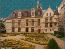Pluie d'étoiles sur l'Hôtel de Sens à Paris