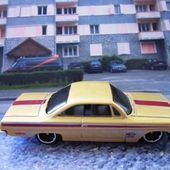 62 CHEVY BUBBLE TOP HOT WHEELS 1/64 - car-collector.net