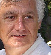 jean claude genel, un musicien et chercheur en sagesse qui anime depuis 1985 des cycles de conférences d'éveil aux valeurs de l'âme